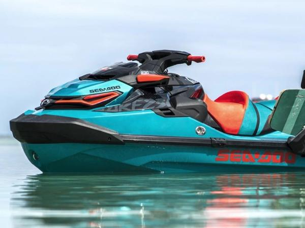 Sea-Doo WAKE™ PRO 230 IBR & Sound System