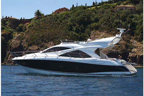 Sunseeker Manhattan 50 Manufacturer Provided Image: Manhattan 50