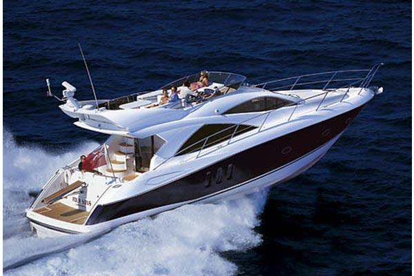 Sunseeker Manhattan 50 Manufacturer Provided Image: Running