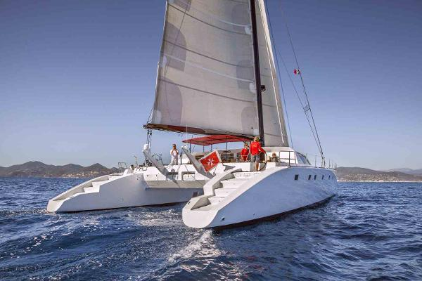 Composite Yacht VPLP 77
