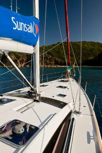 Sunsail 53 bow