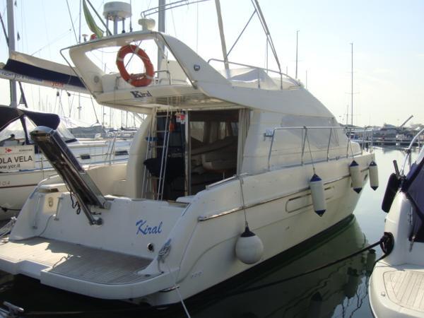 Azimut 40 azimut 40 fly 1995 iveco aifo 400 timone yachts