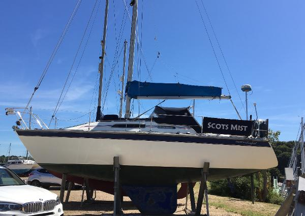 Westerly Tempest Westerly Tempest 31- Ashore