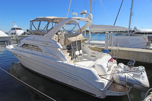 Sea Ray 450 Express Bridge Port View