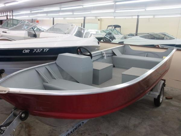 Power boats utility smoker craft boats for sale in united for Smoker craft alaskan 15