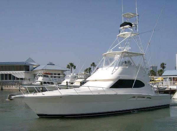 Riviera Convertible Sport Fisherman Profile