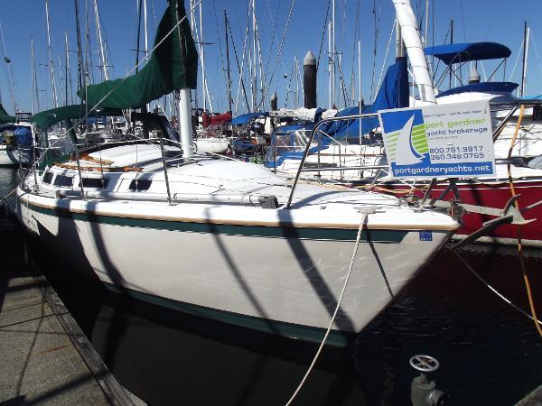 Catalina 30 sloop