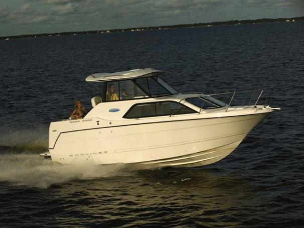 Bayliner 242 Classic Manufacturer Provided Image