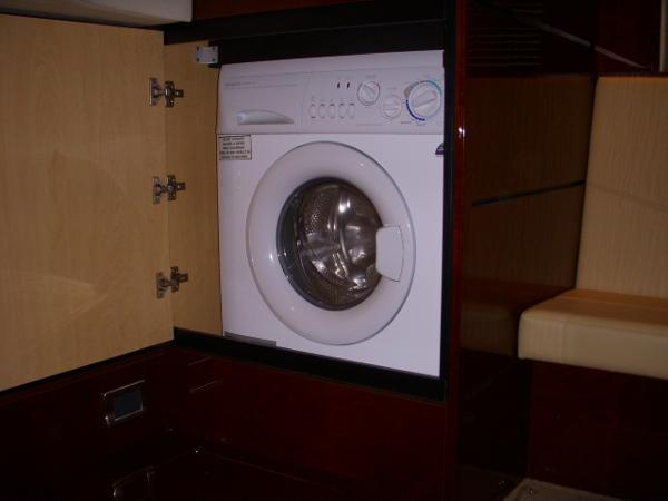 Master Stateroom- Washer / Dryer Combo
