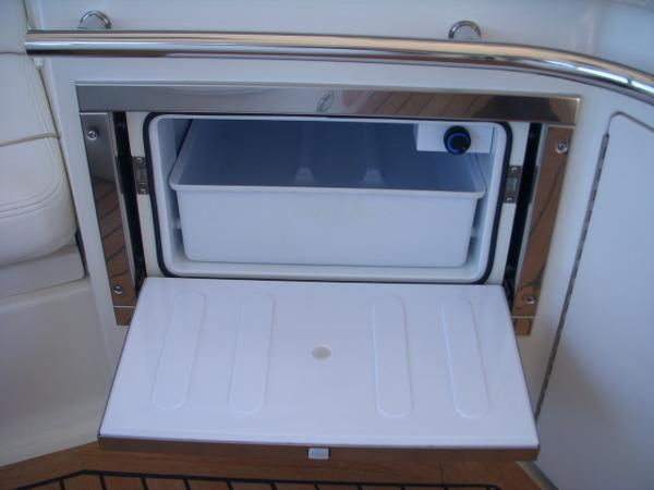 Bridge- Kitchen Refrigerator / Freezer