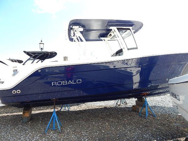 Robalo R302