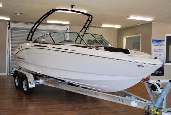 Chaparral 21 H2O Outboard Sport 2018-chaparral-21-h2o-bowrider-for-sale