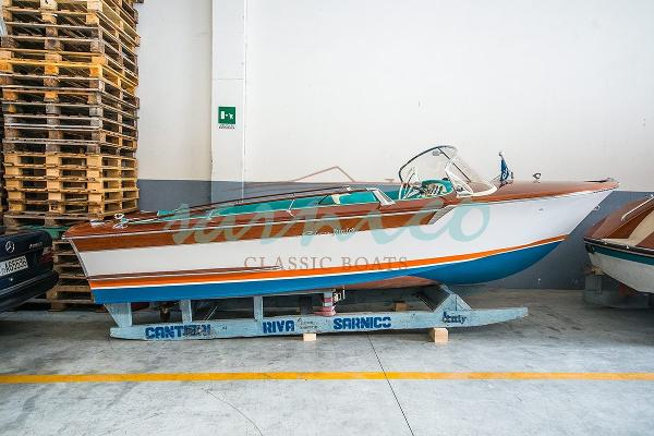 Riva Junior