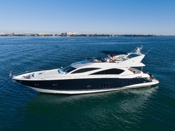 Sunseeker 82 Manhattan