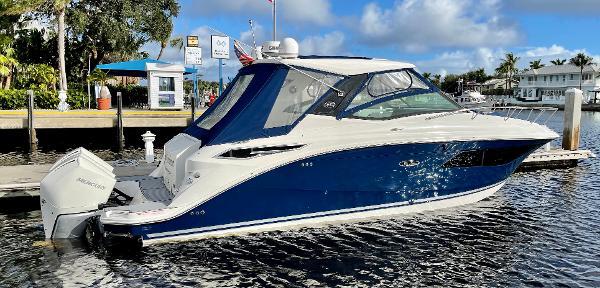 Sea Ray 320 Sundancer Outboard