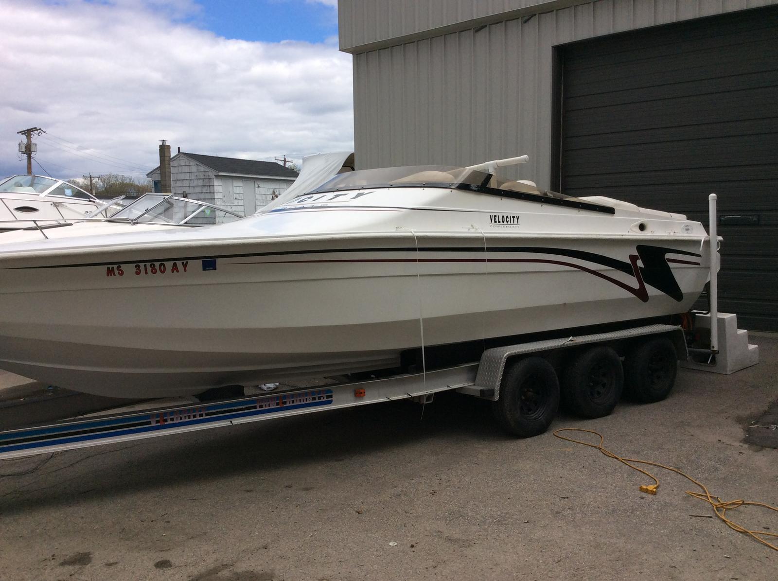 Velocity Powerboats 24
