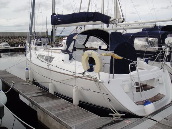 Jeanneau Sun Odyssey 32i At Pontoon
