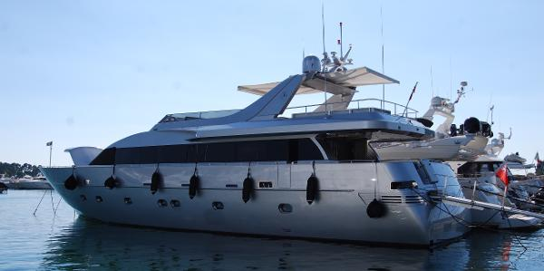 Admiral Custom Motor Yacht