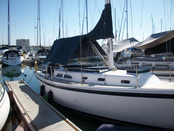 Ericson 35 Royono Starboard View