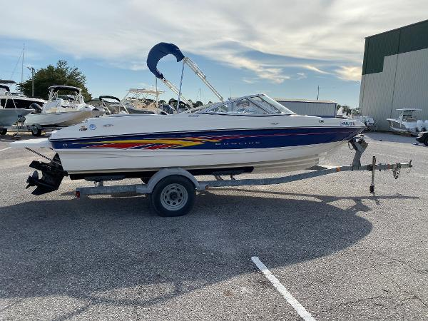 Bayliner 205 Bow Rider