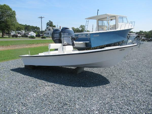 May-Craft 1700 Skiff