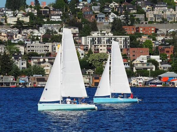 New Cruiser Yachts HT650 Sailing yacht