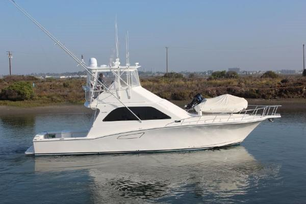Cabo Rico 47 Flybridge Sportfisher