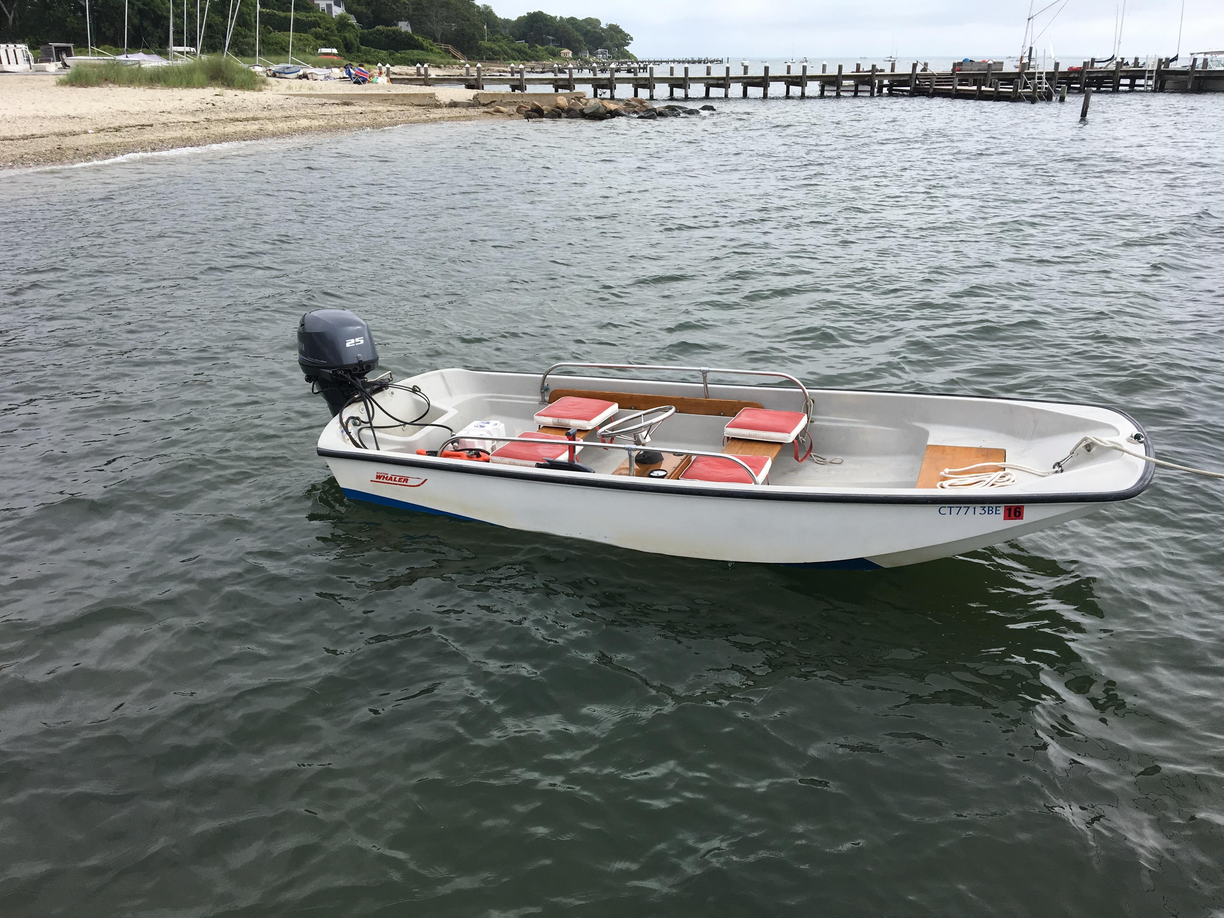 Boston Whaler 13 classic
