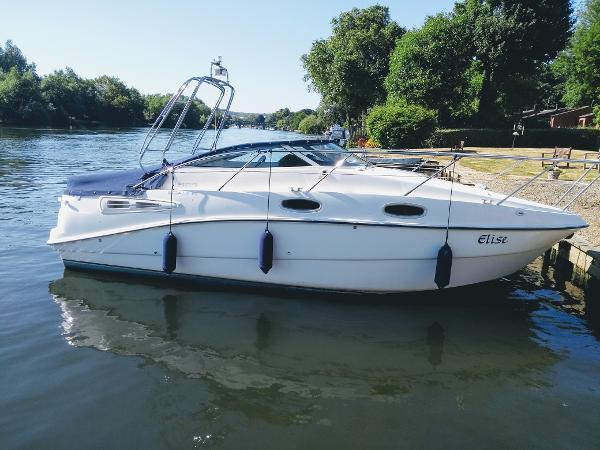 Sealine S23 Sports Cruiser