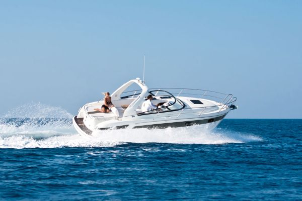 Bavaria Sport 29 Manufacturer Provided Image: Bavaria Sport 29 Running
