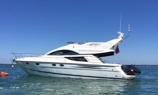 Fairline Phantom 43 Fairline Phantom 43