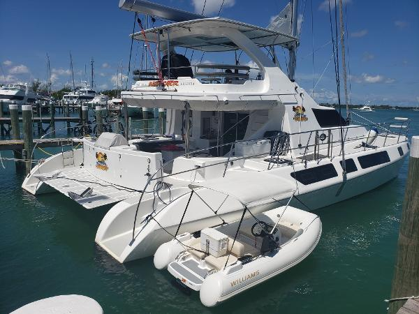 Royal Cape Catamarans Majestic 530 Flybridge