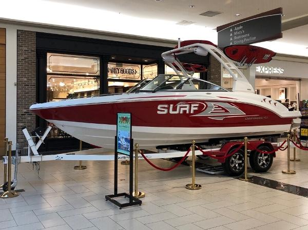 Chaparral 23 Surf ON DISPLAY - MISHAWAKA, IN