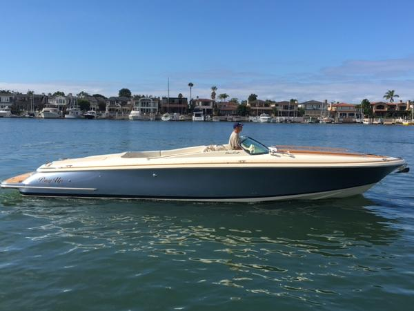 Chris-Craft Corsair 32 2014 Chris Craft 32 Corsair