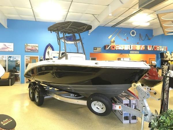 Yamaha Boats Marine 210 FSH Sport