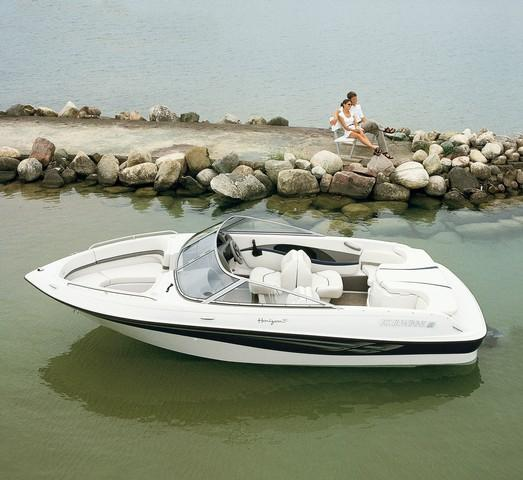Four Winns 180 Horizon Manufacturer Provided Image: 180 Horizon