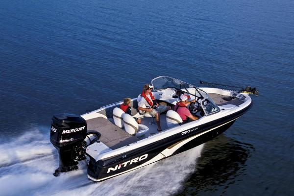 Nitro 290 Sport w/ 225 XL OptiMax and Trailer