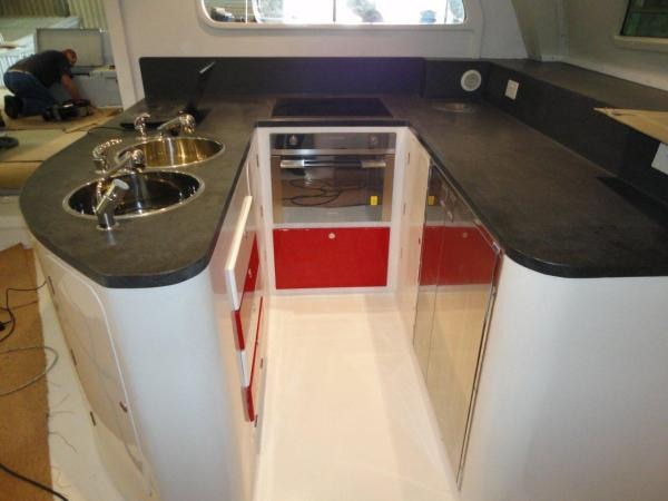 FastCat 605 U-shaped kitchen