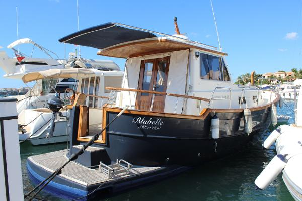 Menorquin 100 Pre-owned Menorquin Yacht 100 for sale in Menorca