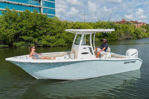 Sea Pro 239 Center Console Manufacturer Provided Image
