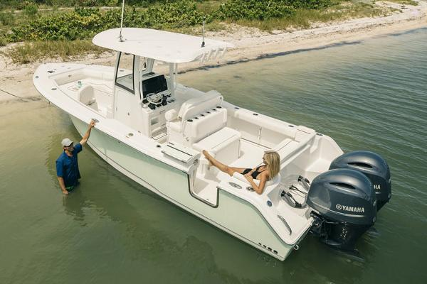 Sea Hunt Ultra 275 SE Manufacturer Provided Image