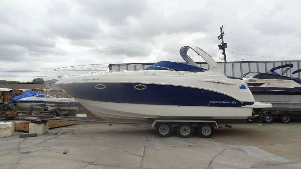 Chaparral Signature 290 Cruiser
