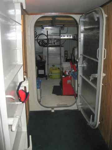 Aft to Engine room, Watertight Door