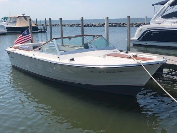 Lyman-Morse Sportsman Starboard Bow