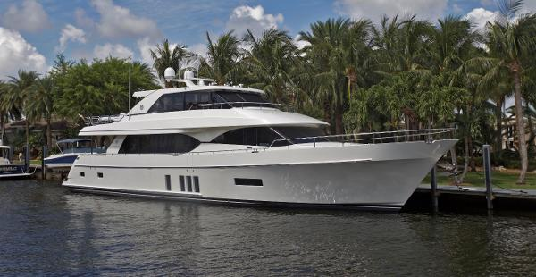 Ocean Alexander 90 Motor Yacht