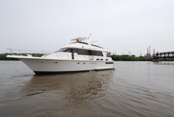 Viking Motoryacht 55  Port Forward  Profile