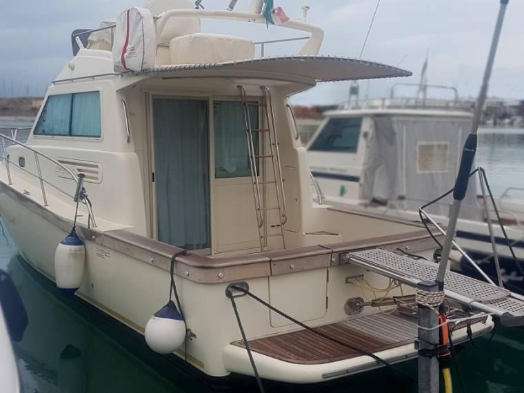PORTOFINO MARINE >> Portofino 10 Fly