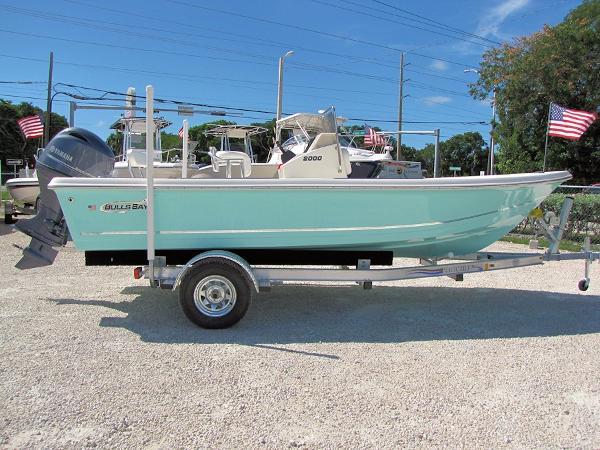 Bulls Bay 2000 Bay Boat w/115 Yamaha