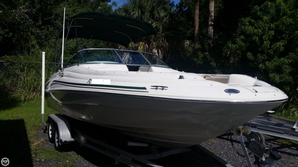 Sea Ray 210 Sundeck 2000 Sea Ray 210 Sun Deck for sale in Fort Pierce, FL