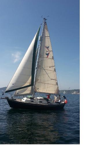 Victoria 800 Victoria 800 under sail
